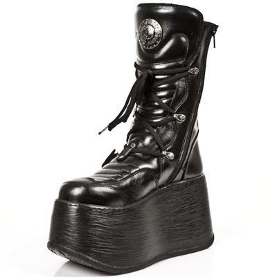 Bottes New rock en cuir noir à grandes semelles compensées