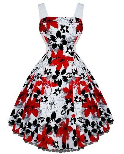 Robe blanche a fleur rouge